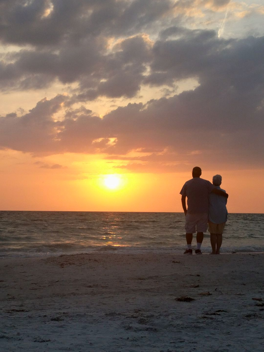 Sunset at Crescent Beach in Siesta Key with Seniors